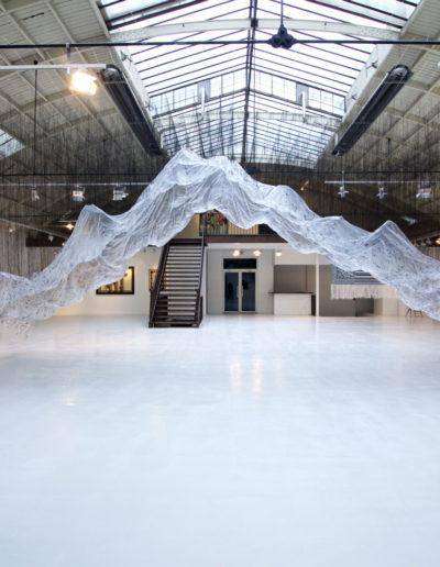 Exposition « Vide et Plein », Maison Bleu Studio. Détail de l'installation d'Onishi Yasuaka. Espace Commines, 2015