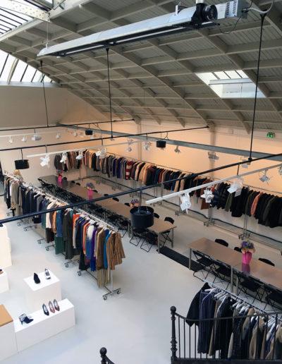 Showroom Acne Studios, présentation de la collection automne/hiver 2017. Espace Commines, 2017.